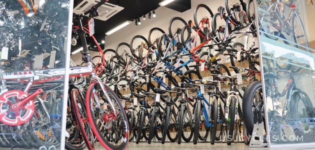 USJ-CYCLES-EntranceLeft-630-360